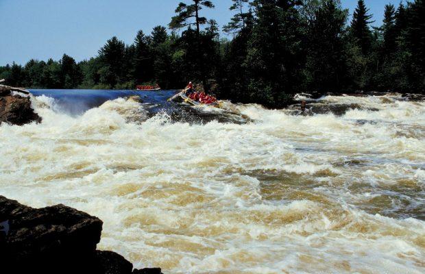 Maine woman dies whitewater rafting
